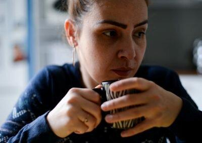 Fragment IV - Lena : Café